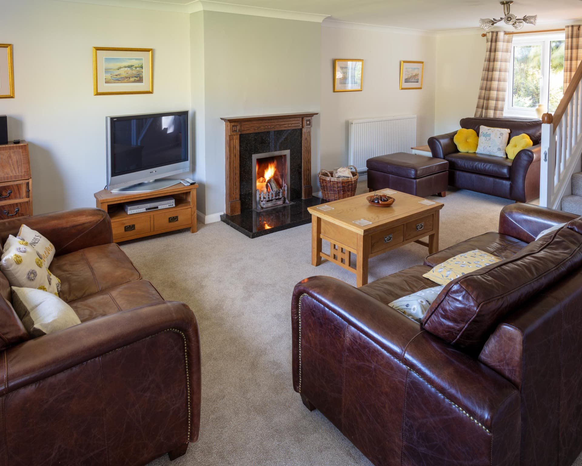 self catering holiday cottage with open fire, north yorkshire, holidays, ebberston, cliff house holiday cottages, cliff house country cottages, cliff house, cliff house farm, holiday