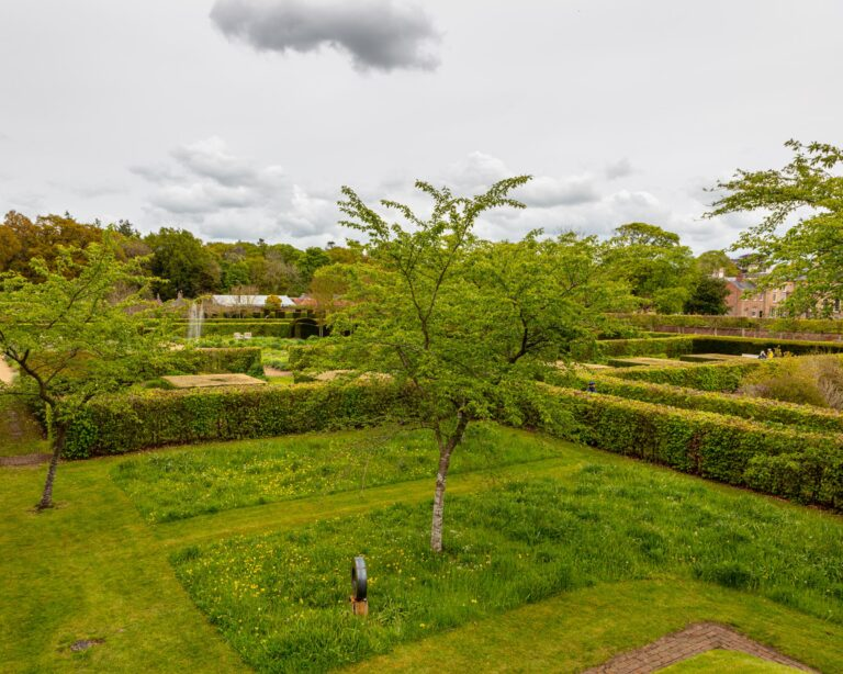 scampston hall gardens, jackson wold garden, vale of pickering, cliff hosue holiday cottages, north yorkshire