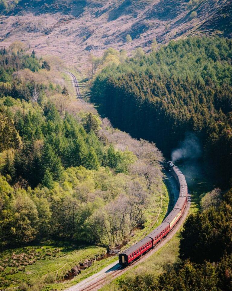 hole of horcum, levisham, north york moors railway, #walkshire, holidays, walking holidays